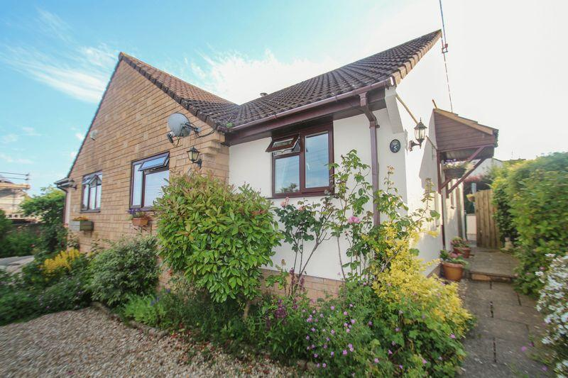 2 Bedrooms Semi Detached Bungalow for sale in 5 Winslake Meadows, School Lane, Tedburn St Mary