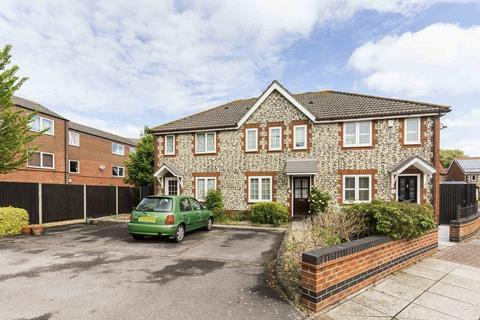 2 bedroom terraced house for sale - Milton, Southsea