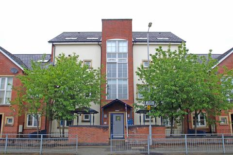 3 bedroom apartment for sale - Raby Street, Hulme, Manchester, M16