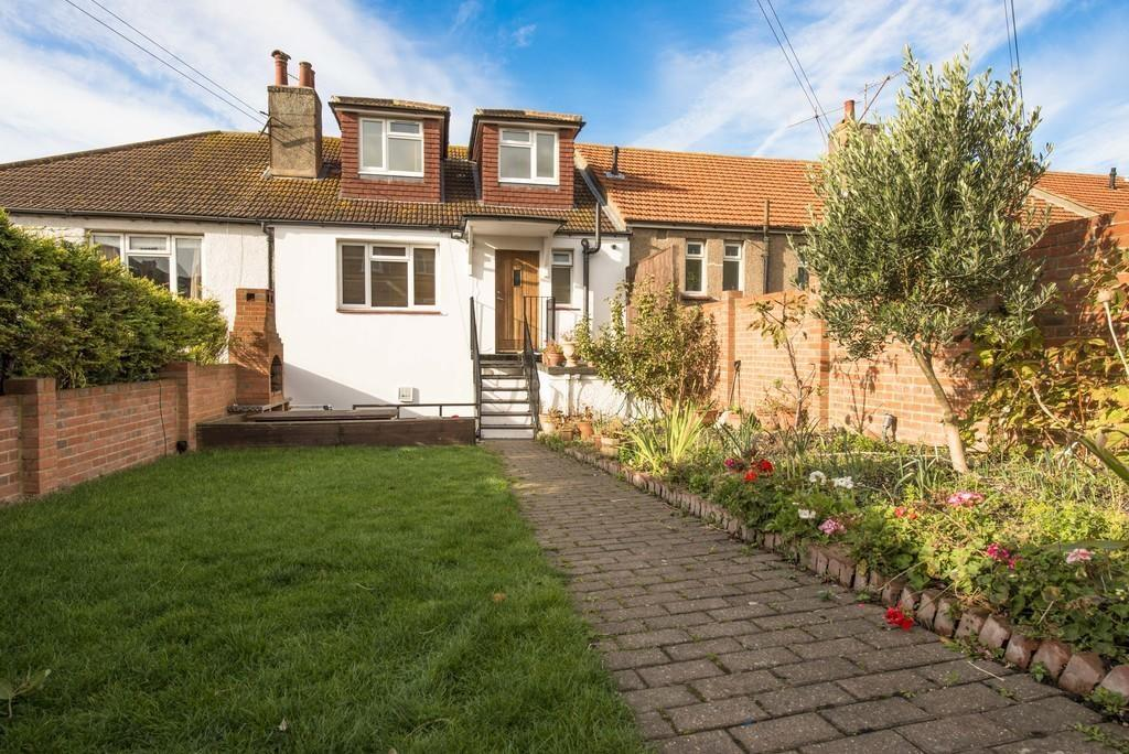 3 Bedrooms Maisonette Flat for sale in The Broadway, BRIGHTON, BN2
