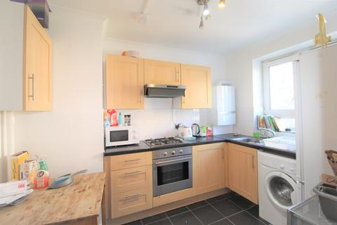 3 bedroom apartment to rent - Burbage Close, Southwark, London, SE1