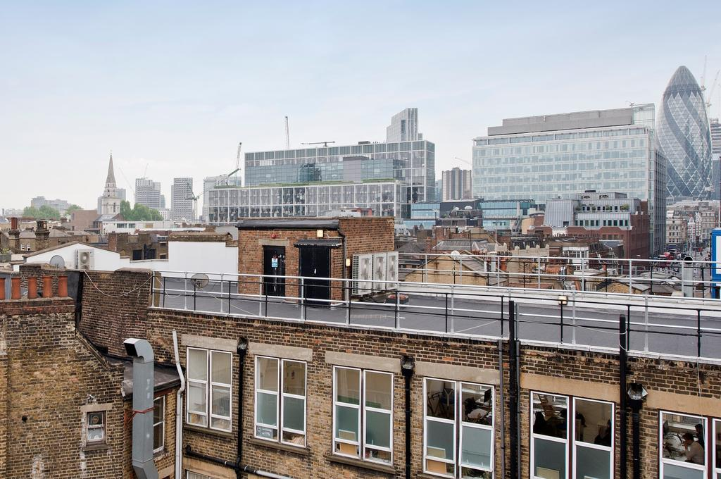 1 Bedroom Flat for sale in 1 Fairchild Place, London