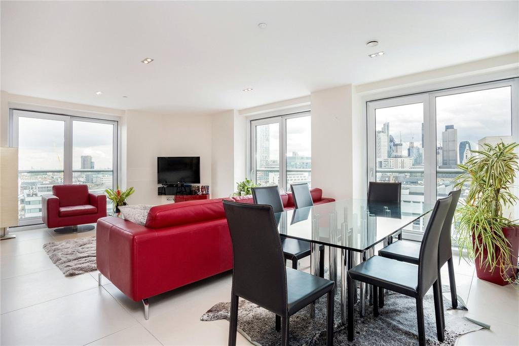 2 Bedrooms Flat for sale in Bezier Apartments, 91 City Road, Old Street, London, EC1Y