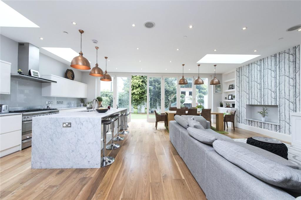 4 Bedrooms Semi Detached House for sale in Culmstock Road, London, SW11