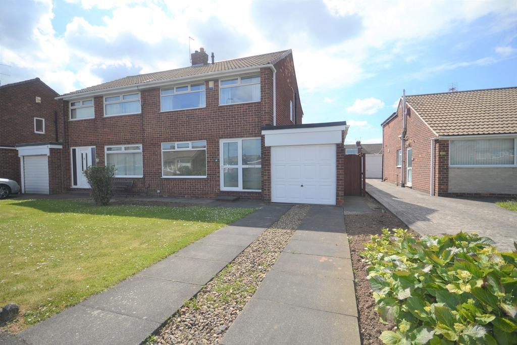 3 Bedrooms Semi Detached House for sale in Brecon Drive, Redcar TS10