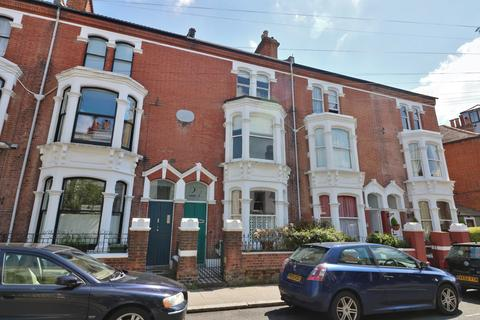 5 bedroom terraced house for sale - Castle Road, Southsea