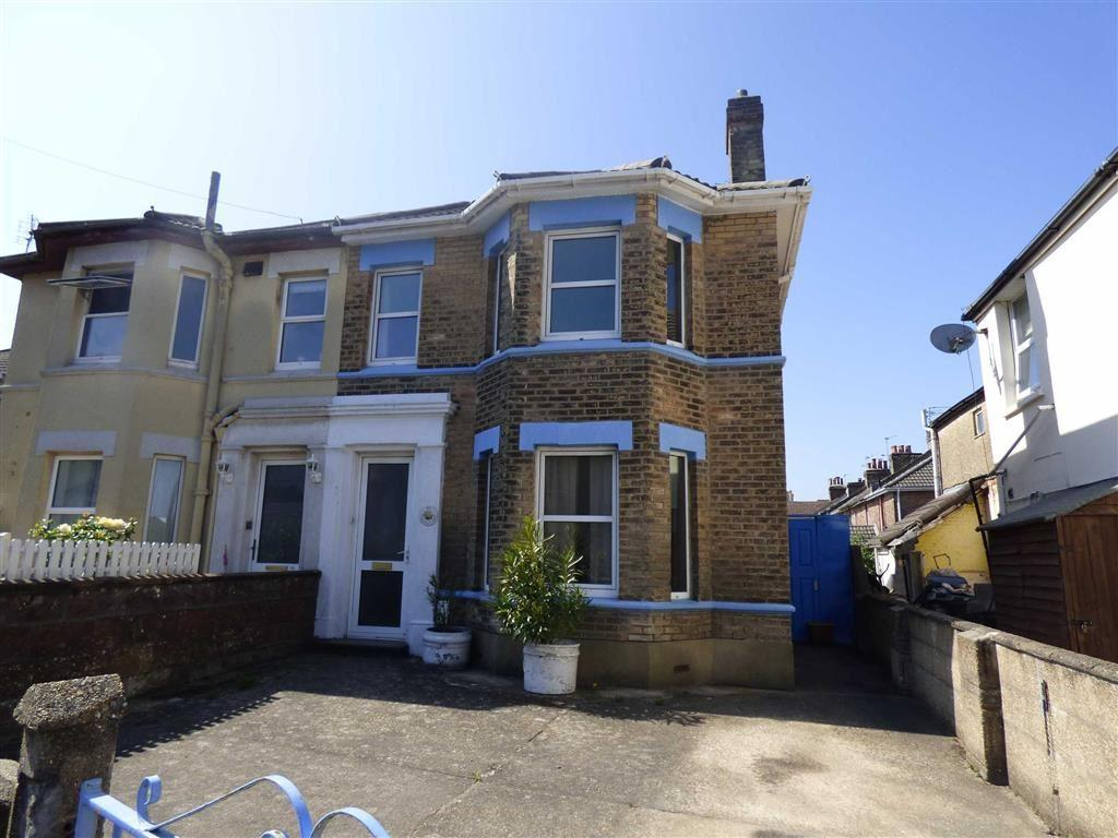 4 Bedrooms Semi Detached House for sale in Northcote Road, Bournmeouth, Dorset, BH1