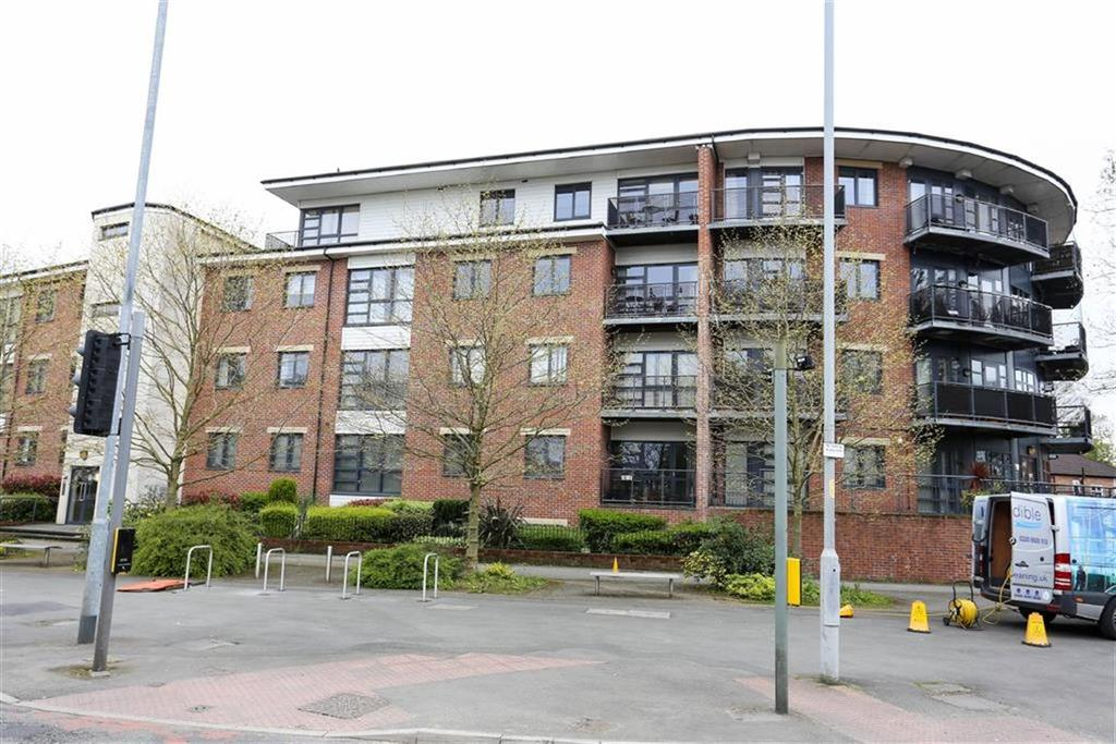 2 Bedrooms Flat for sale in 174 Manchester Road, Manchester, Greater Manchester