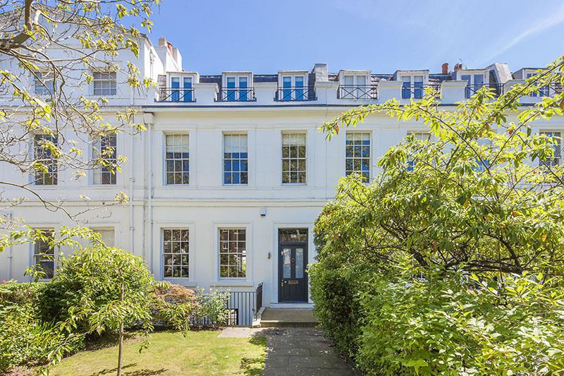 5 Bedrooms Terraced House for sale in BELSIZE GROVE, BELSIZE PARK, LONDON NW3
