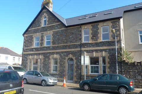 3 bedroom flat to rent - Broadway, Cardiff ( 3 bed )