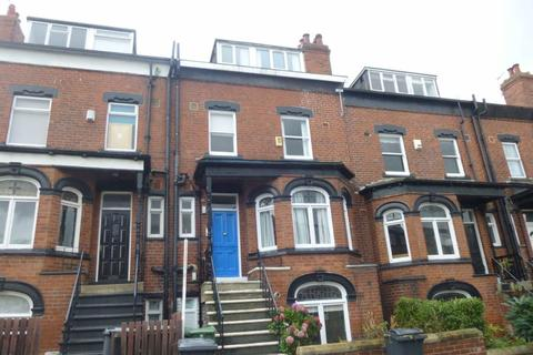 3 bedroom terraced house to rent - METHLEY VIEW, CHAPEL ALLERTON, LEEDS, LS7 3NH