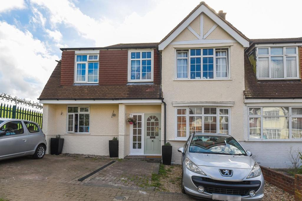 5 Bedrooms Terraced House for sale in Hillcrest Road, Bromley, BR1
