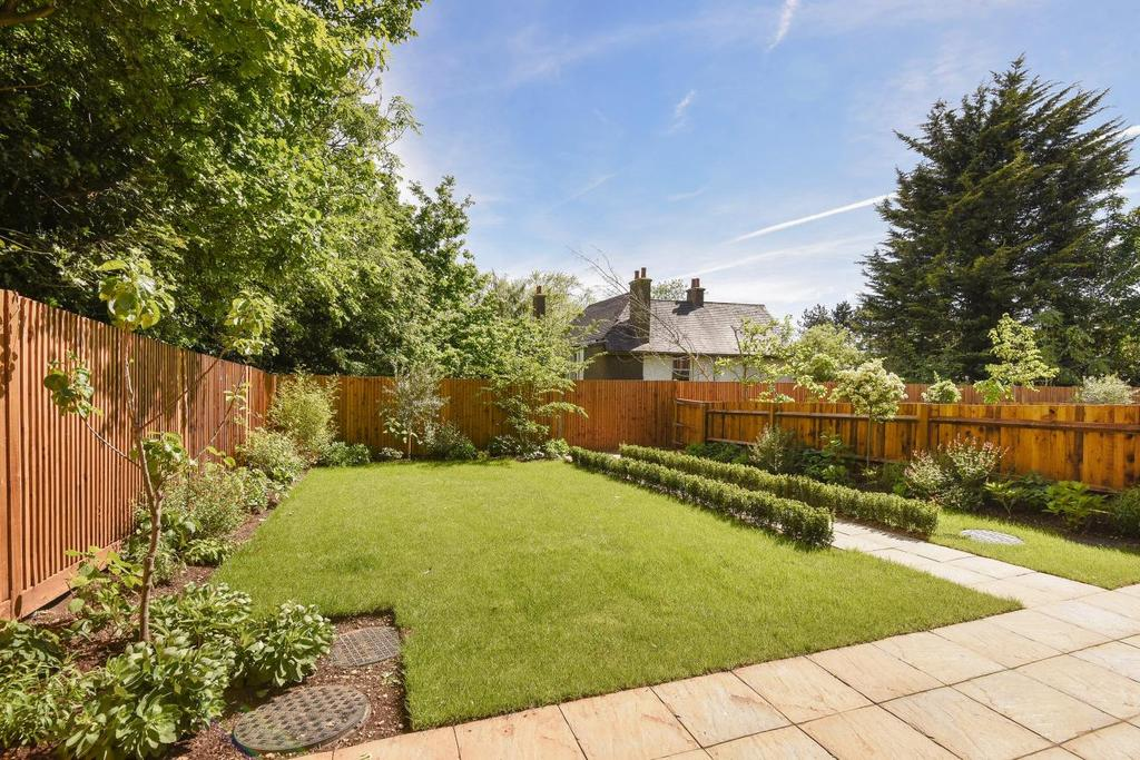 4 Bedrooms Terraced House for sale in Orchard Close, Dollis Hill, NW2