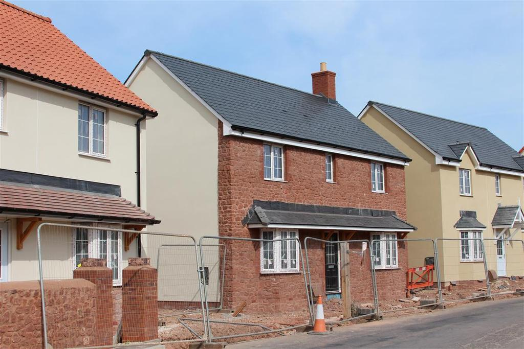 4 Bedrooms Detached House for sale in Castle Fields, Dunster TA24