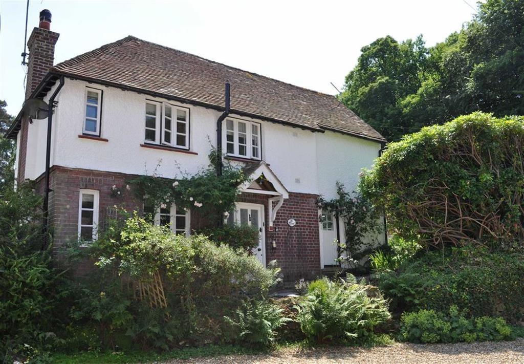 2 Bedrooms Cottage House for sale in Hammer Lane, Grayshott