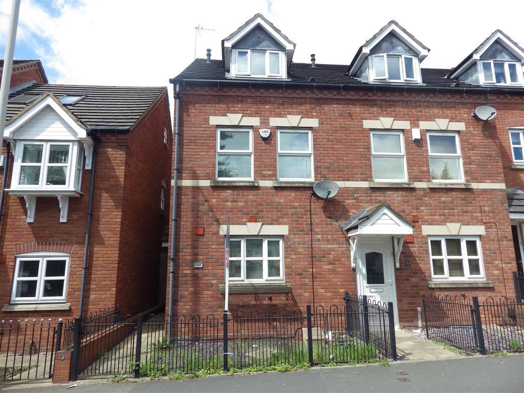 3 Bedrooms Town House for sale in Hagley Road, Halesowen