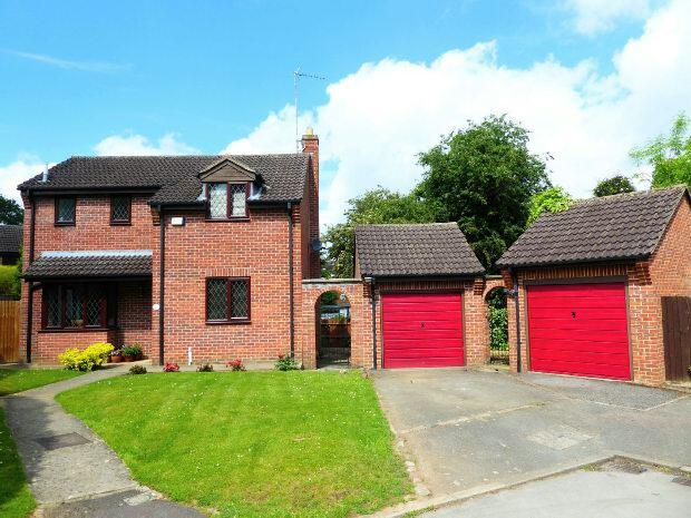 3 Bedrooms Detached House for sale in Foscote Rise, Banbury