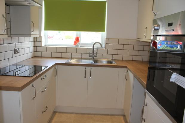 2 Bedrooms Bungalow for sale in Hardwick Avenue, Sutton-in-Ashfield, NG17