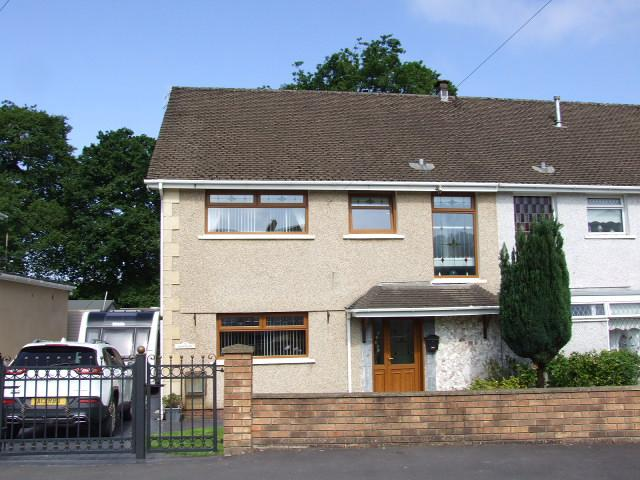 4 Bedrooms Semi Detached House for sale in 9 Lodge Drive, Baglan, Port Talbot