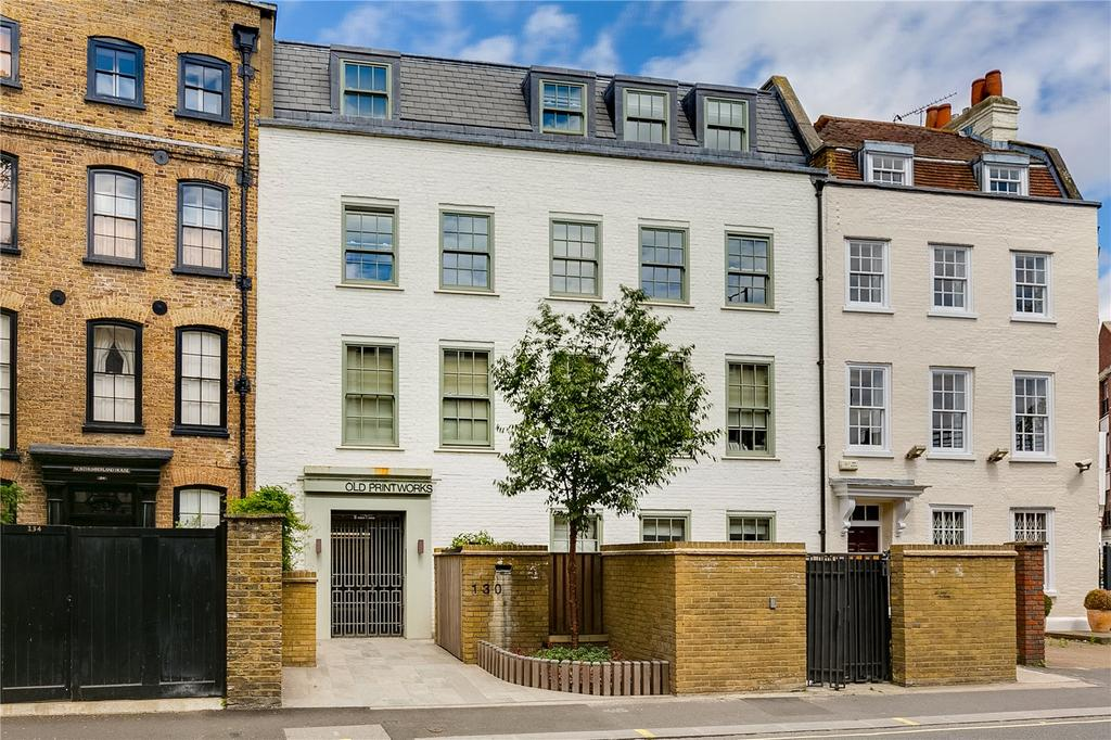 1 Bedroom Flat for sale in New Kings Road, Parsons Green, Fulham, LONDON