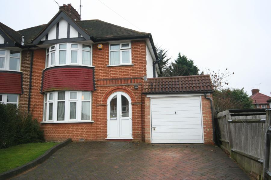 3 Bedrooms Semi Detached House for sale in Wykeham Hill, Barn Hill Area HA9 9RZ