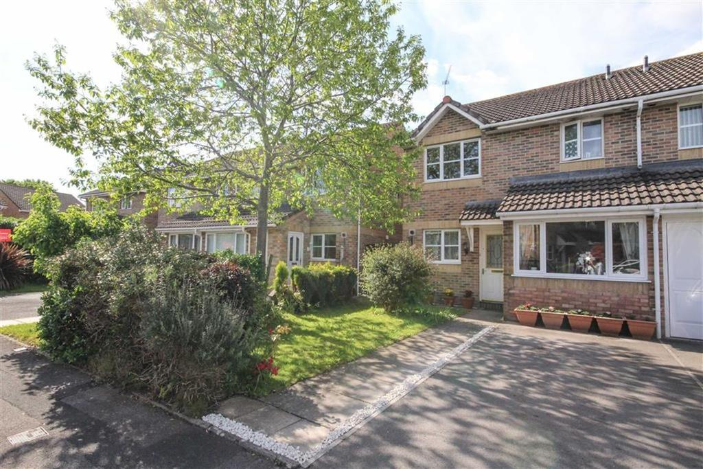 3 Bedrooms Semi Detached House for sale in Llandinam Crescent, Cardiff