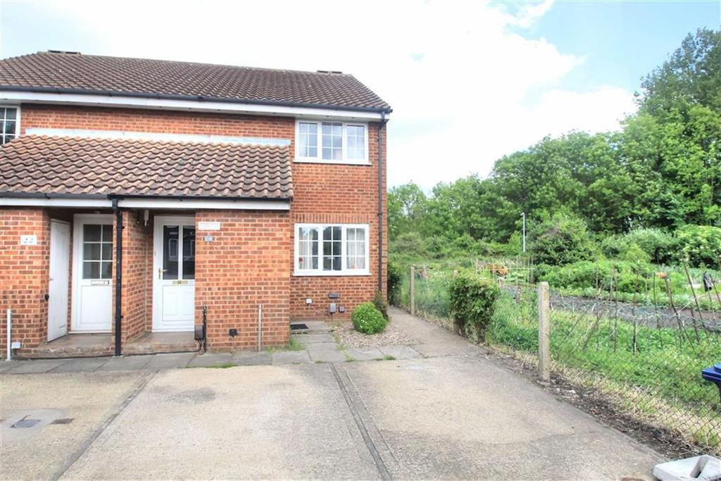 1 Bedroom Ground Maisonette Flat for sale in St Bedes Gardens, Cambridge