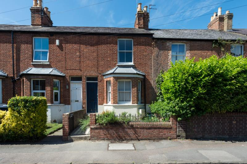 2 Bedrooms Terraced House for sale in James Street, Oxford, Oxfordshire