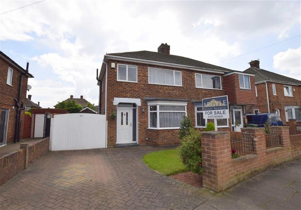 3 Bedrooms Semi Detached House for sale in Penshurst Road, Cleethorpes, North East Lincolnshire