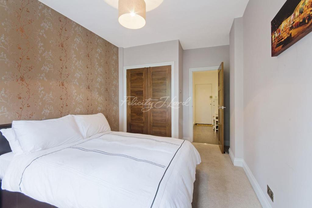 2 Bedrooms Flat for sale in Wicks House, Canary Wharf, E14