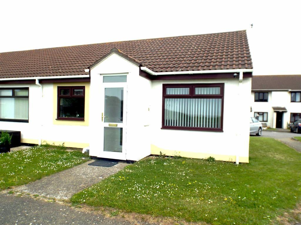 2 Bedrooms Semi Detached Bungalow for sale in Maple House, Knoll Park, Brean