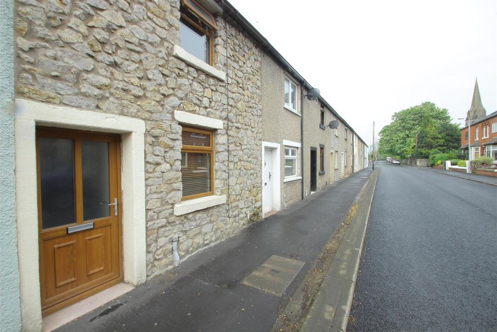 2 Bedrooms Terraced House for sale in St Paul's Street, Low Moor, Clitheroe