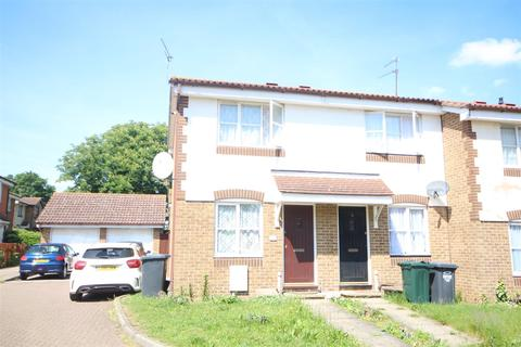 1 bedroom end of terrace house to rent - St. Peters Close, Swanscombe