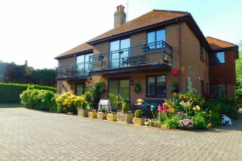 2 bedroom flat to rent - KS1416 - Birchington - 2 Bedroom Balcony Apartment - £850 pcm