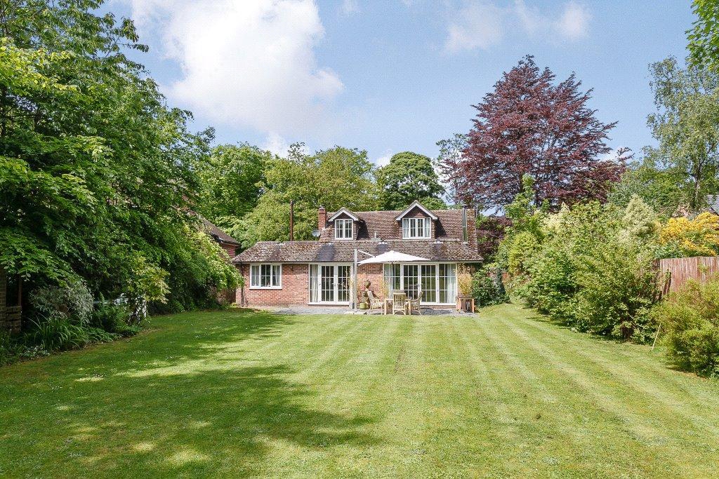 4 Bedrooms Detached House for sale in Bethesda Street, Upper Basildon, Reading, Berkshire, RG8