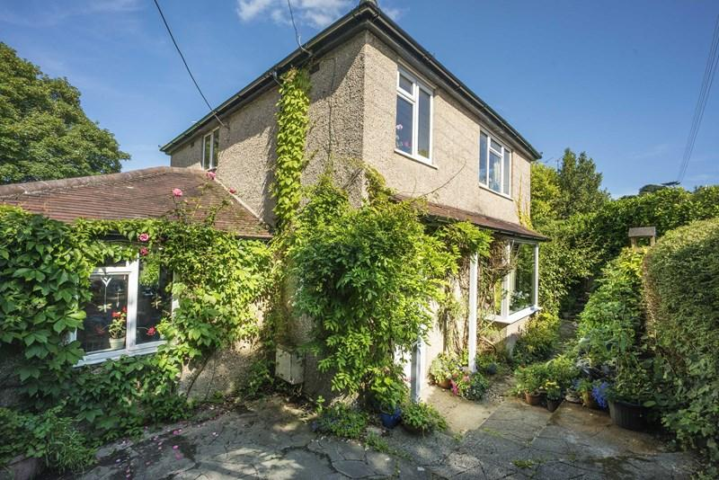 4 Bedrooms Detached House for sale in Uplands, Walditch, Bridport
