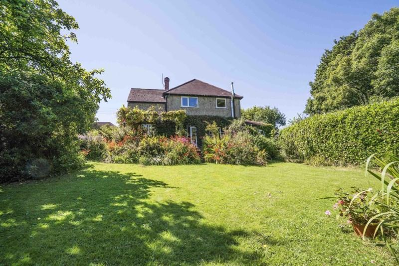 5 Bedrooms Detached House for sale in Uplands, Walditch, Bridport