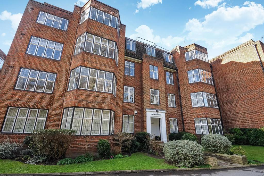3 Bedrooms Flat for sale in Portsmouth Road, Putney