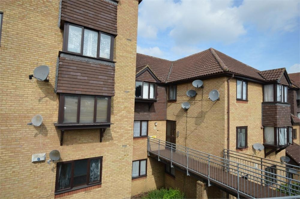1 Bedroom Flat for sale in Hattersfield Close, Belvedere
