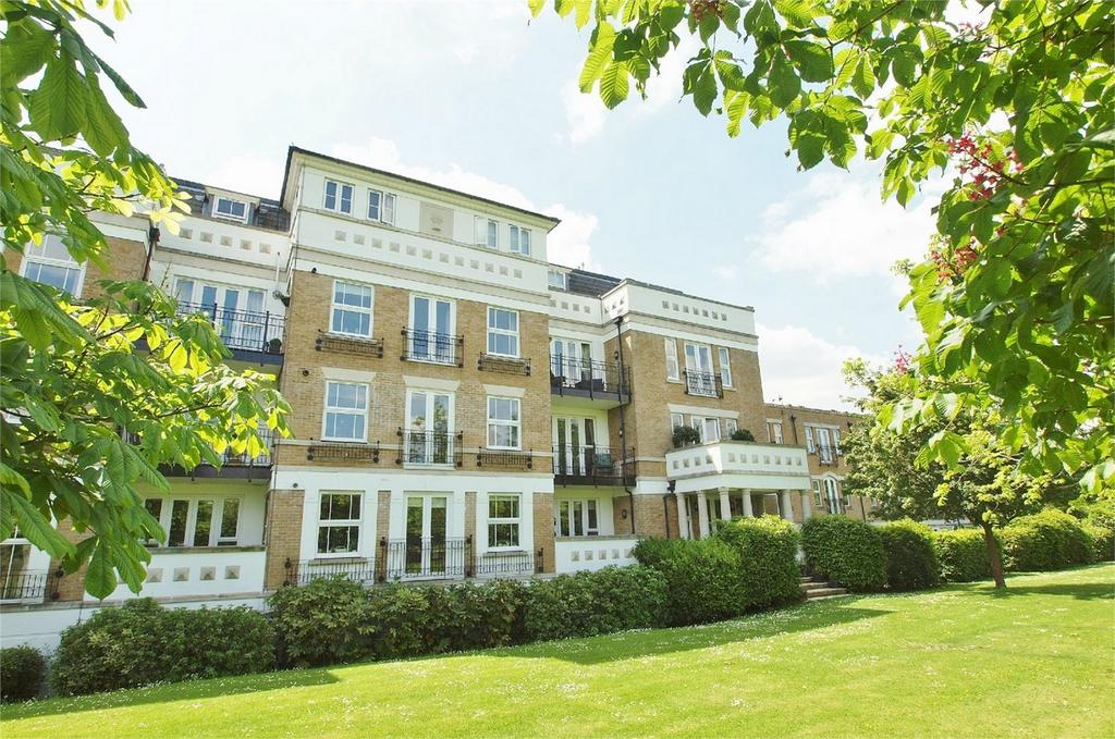 3 Bedrooms Flat for sale in St Martins Lane, Langley Park, Beckenham