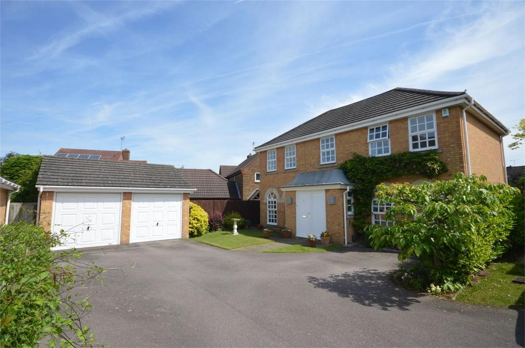 4 Bedrooms Detached House for sale in 6 Sweet Briar, Bishop's Gate, Bishop's Stortford
