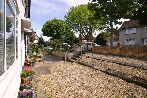 2 bedroom terraced house to rent - Holburne Road Kidbrooke SE3