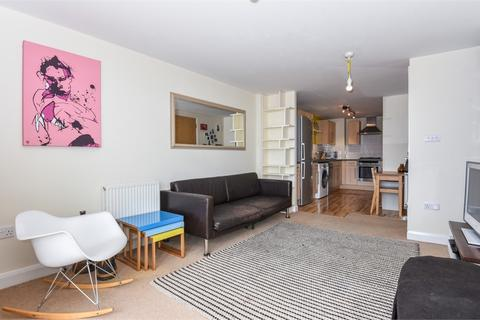 1 bedroom flat for sale - Simone House, 74a Holmes Road, London