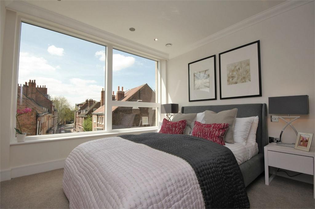 2 Bedrooms Flat for sale in Londons, Heworth, York