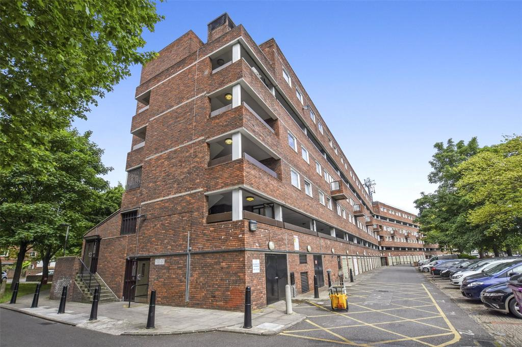 2 Bedrooms Flat for sale in Rhodeswell Road, London, E14