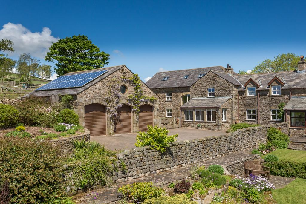 6 Bedrooms Barn Conversion Character Property for sale in Old Starricks, Capernwray, Near Carnforth, Lancashire LA6 1AL