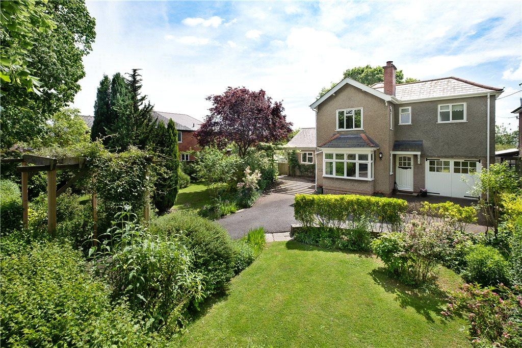 4 Bedrooms Detached House for sale in Kings Acre Road, Hereford, HR4