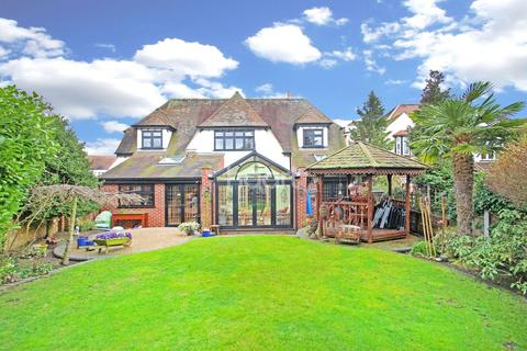 4 bedroom detached house for sale - Lake Rise