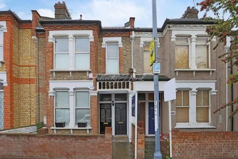 1 bedroom flat for sale - Eastcombe Avenue, Charlton, SE7