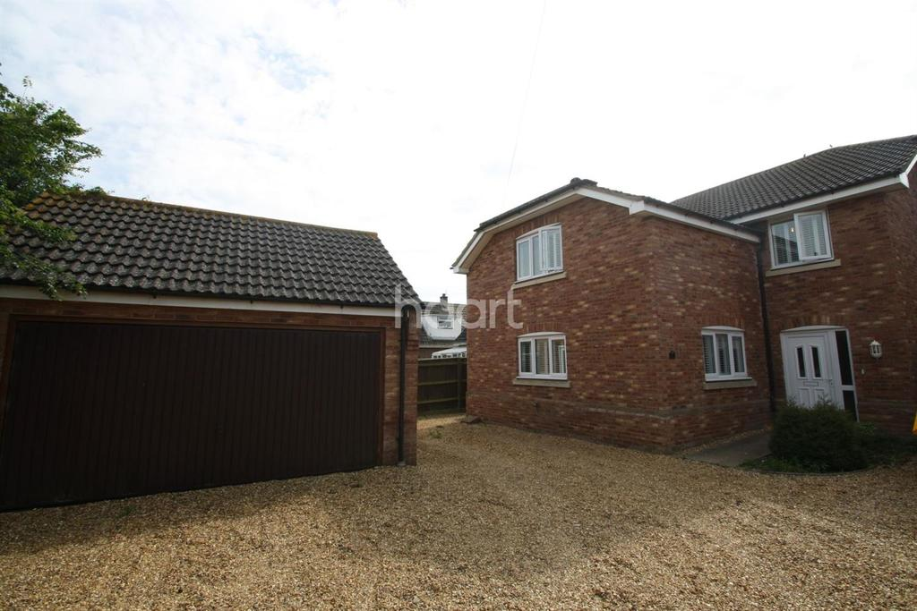 4 Bedrooms Detached House for sale in Wimblington